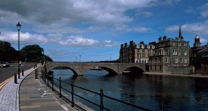 Wick-River-and-the-Wick-Bridge-from-the-southeast-at-high-tide